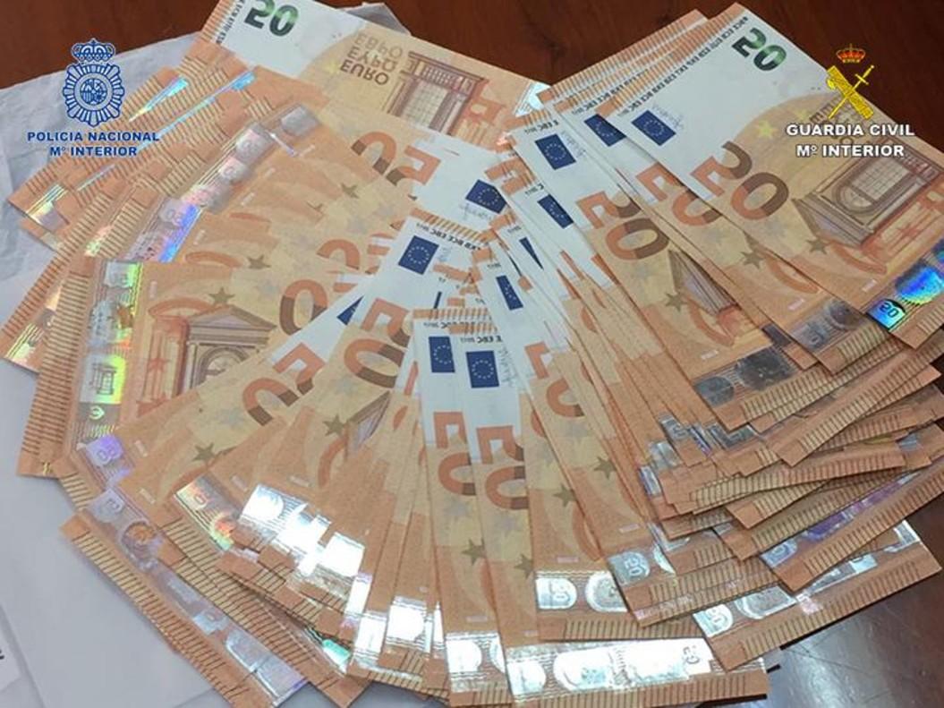 Tres detenidos en Barcelona y Alicante por introducir billetes falsos desde Italia