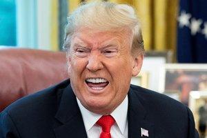 Trump tilda de ridículo el juicio político iniciado por Nancy Pelosi.