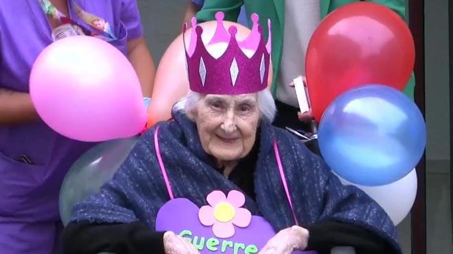 Una anciana de 103 años supera el coronavirus en una residencia de Cáceres.