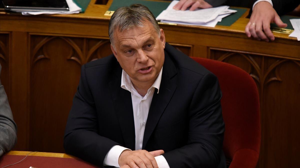 El primer ministro de Hungría, Viktor Orbán, durante el debate en el Parlamento.