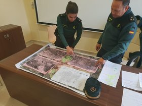 Los mandos de la Guardia Civil en Huelva repasan este domingo los detalles del operativo de búsqueda de la joven Laura Luelmo, desaparecida el miércoles.