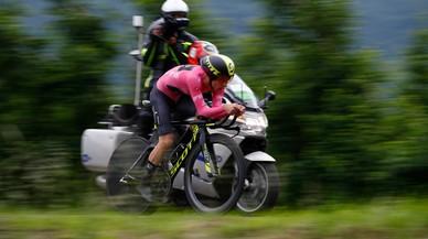 Simon Yates da un paso al frente para ganar el Giro