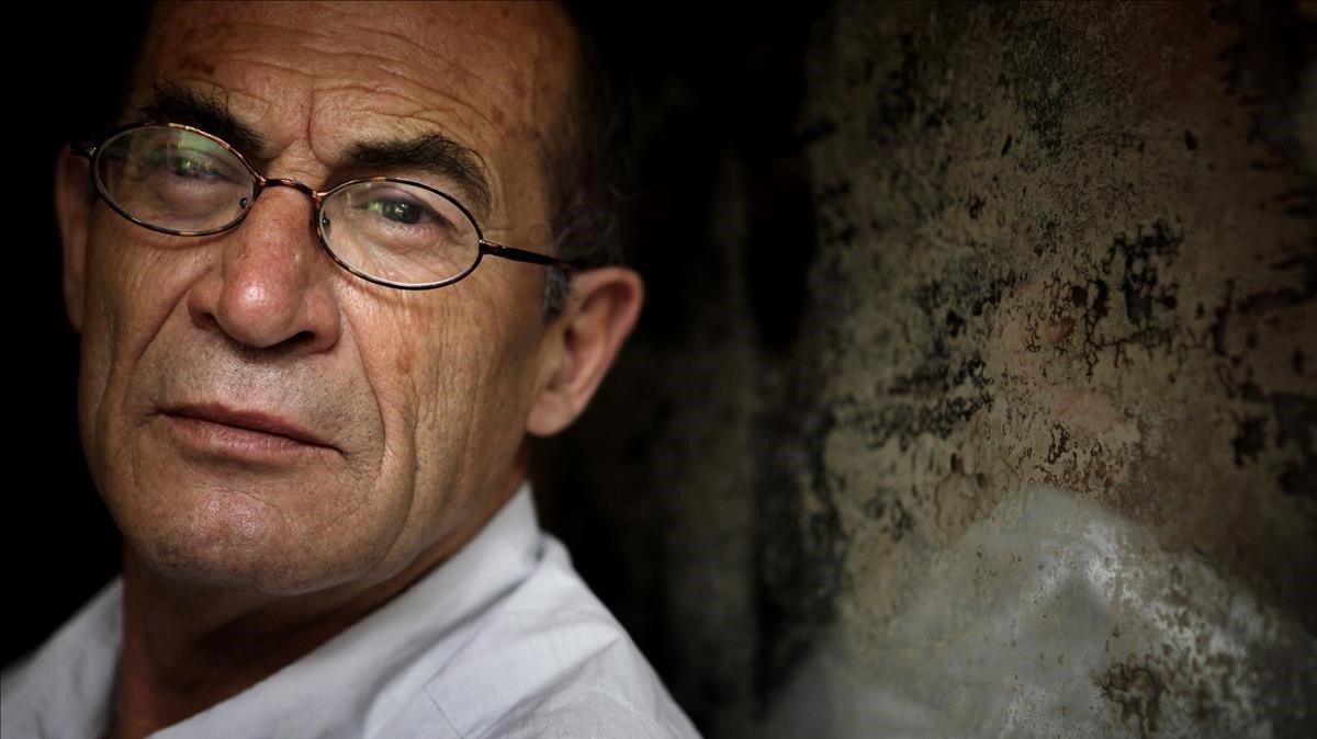 El escritor Juan Madrid, en una foto de archivo.
