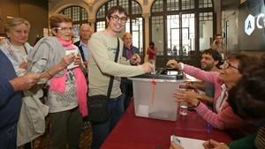 Enquesta: Creix a Espanya el suport a un referèndum a Catalunya