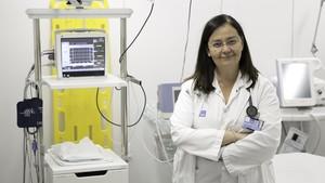 La doctora Sílvia Mínguez, en el Hospital del Mar.