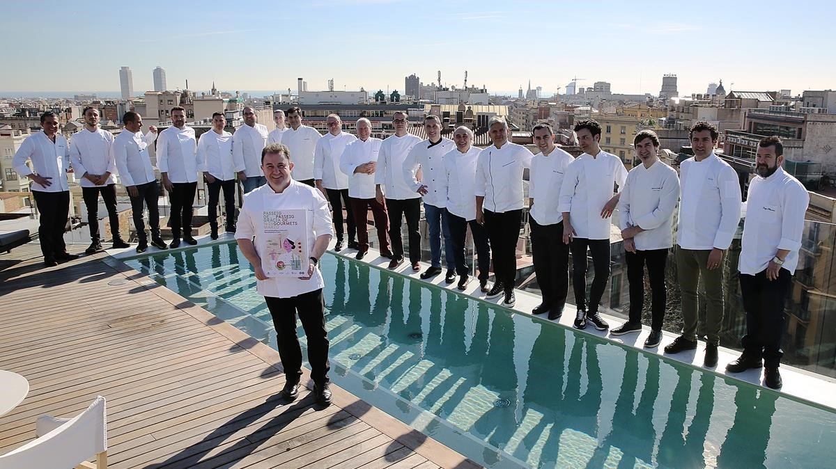 Berasategui, al frente de los chefs participantes.