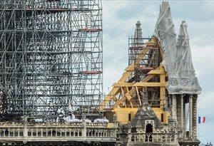La primera alerta de Notre-Dame va fallar per un error humà