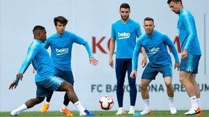 Malcom, Riqui Puig, Abel Ruiz, Arthur y Lenglet, en un entrenamiento del Barça.