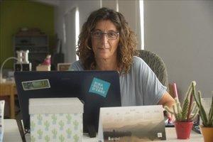 Pilar Andrés, en el 'coworking' de Riba-roja.
