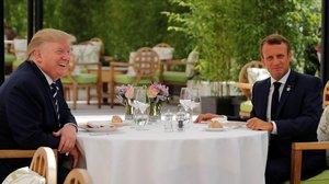 Macron y Trump almuerzan en Biarritz.