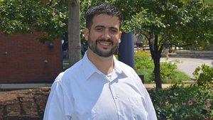 Usama Bilal, epidemiólogo asturiano, profesorasistente en la Drexel University (Filadelfia, EEUU.