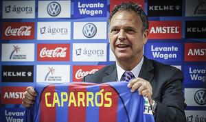 Joaquín Caparrós, el dia de la seva presentació com a tècnic del Llevant.