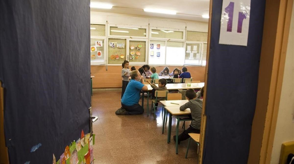 Aula de primero de primaria en el colegio Pirineus de Barcelona.