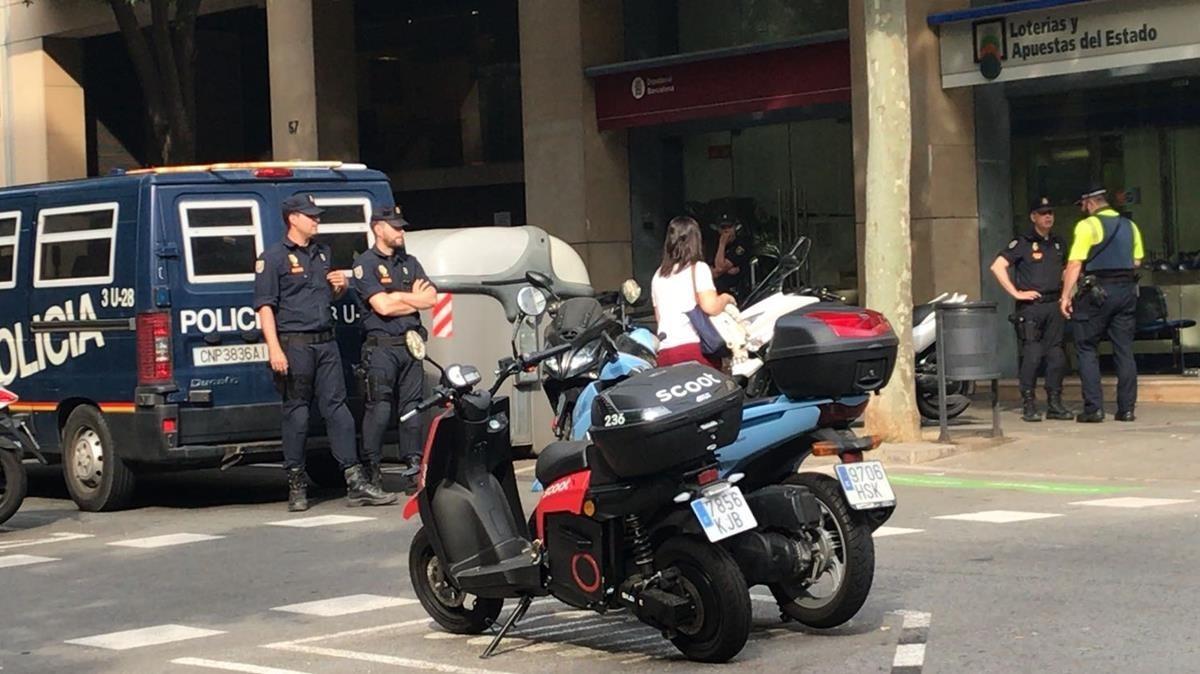 As act a la trama de desv o de fondos de la diputaci n de for Oficina de registro barcelona