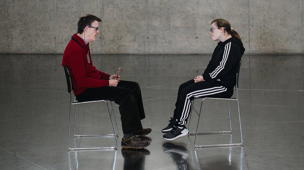 Andy Trias y Gloria Ramos en su conversación.