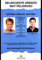 Cartell editat al gener que reclama la captura d'Antonio Anglés.