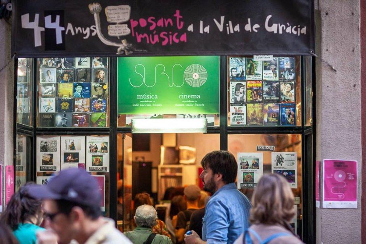Entrada de la tienda de discos Surco, la más veterana aún en activo de Barcelona.