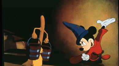 Mickey Mouse y el pato Donald se encuentran con la OBC
