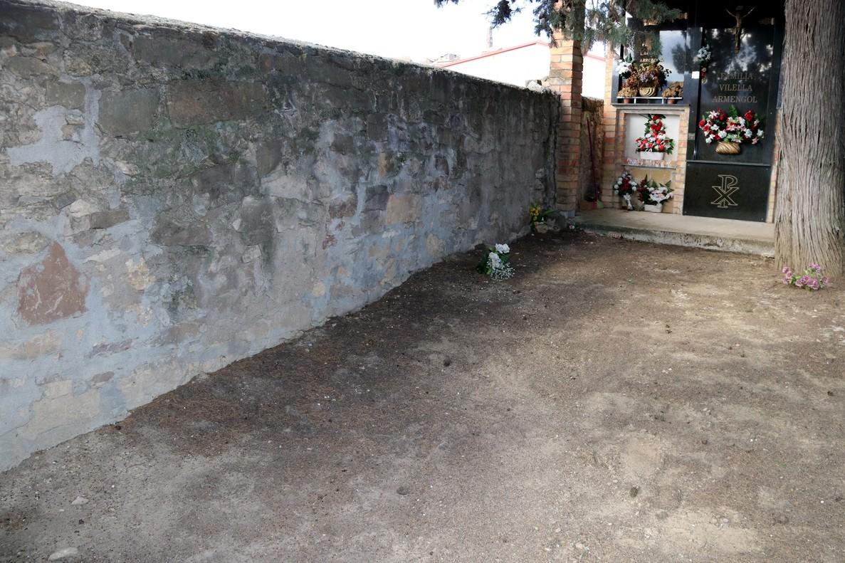 Fosa del cementerio de Tremp donde se han identificado los restos de Vicente Santolaria.