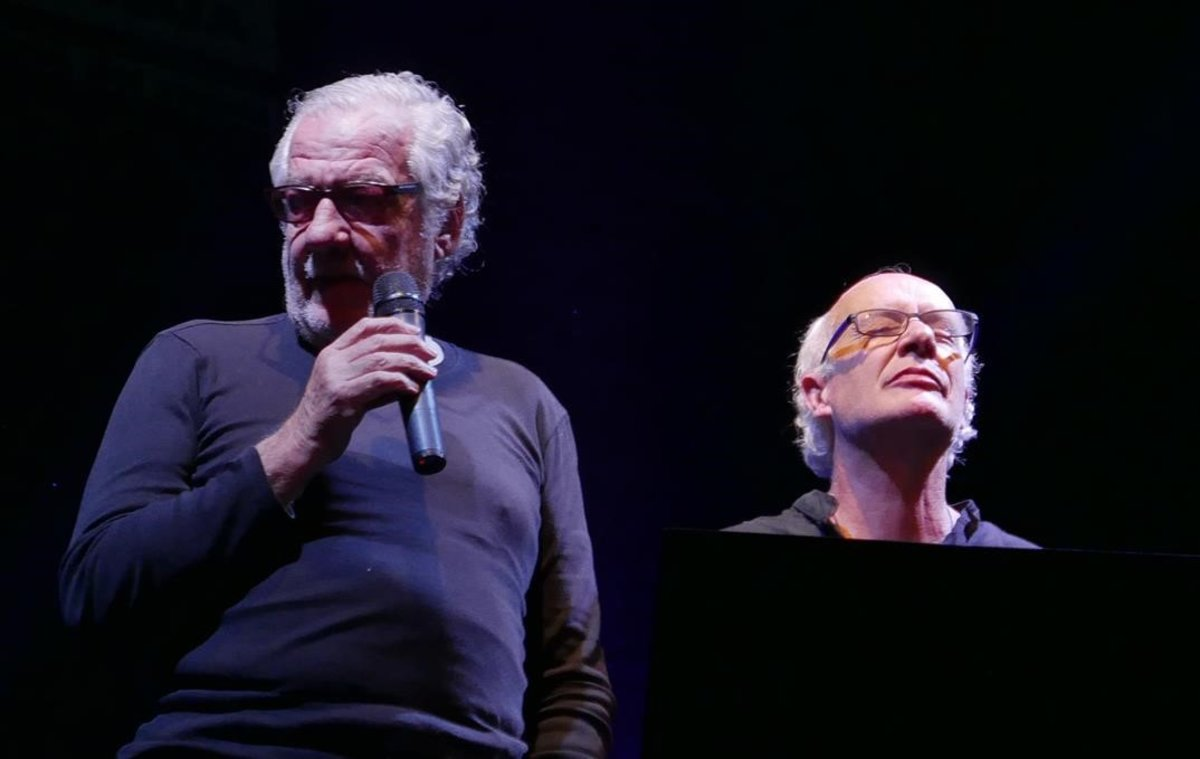 Joan Isaac y Giorgio Conte en el Teatre Cívic de LAlguer, el sábado.