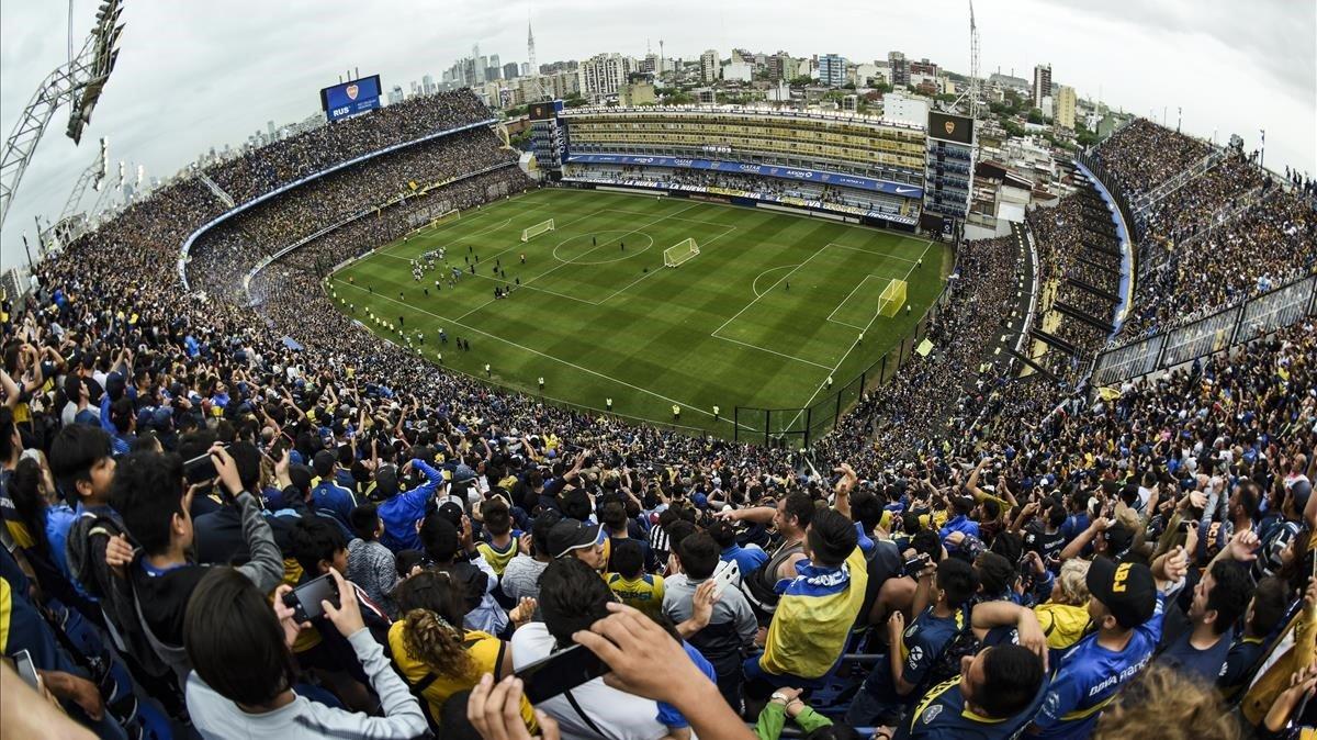 La Bombonera, desbordada de público en el último entrenamiento de Boca Juniors.