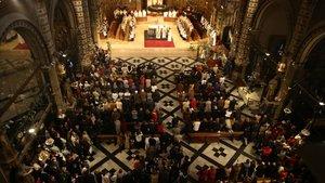 Celebración religiosa en la abadía de Montserrat.