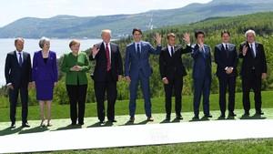 Foto de familia de los participantes en lacumbre del G-7, este viernes en La Malbaie (Quebec,Canadá).