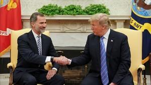 """Trump reiteró ante el Rey su apoyo a una """"España fuerte y unida"""""""