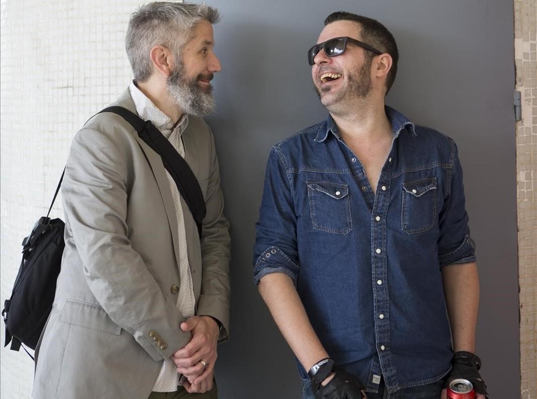 Matt Kindt y David Rubín (derecha), que han formado tándem con Ether, en el Salón del Cómic, el viernes.