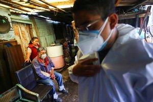 Latinoamérica es la más golpeada por el virus.