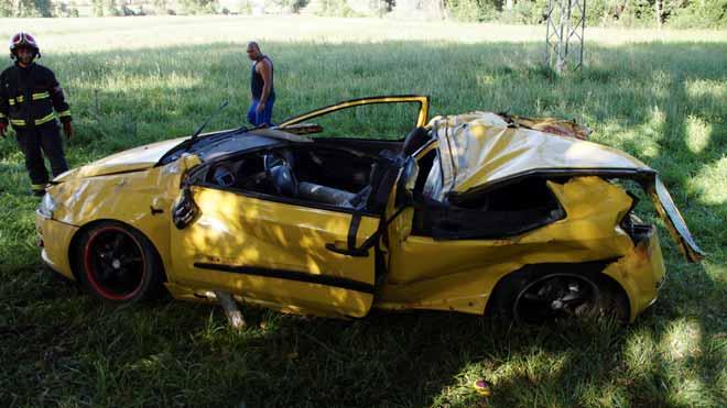 Mueren cuatro jóvenes en un accidente de tráfico en Salamanca.