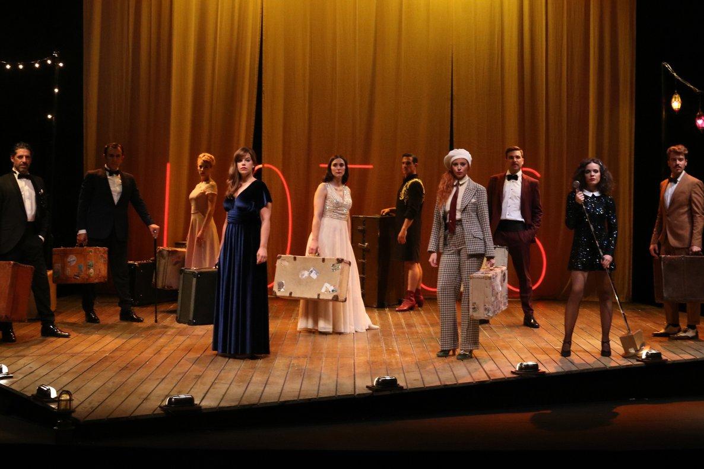 Una escena de 'Muerte en el Nilo' en el Teatre Borràs.