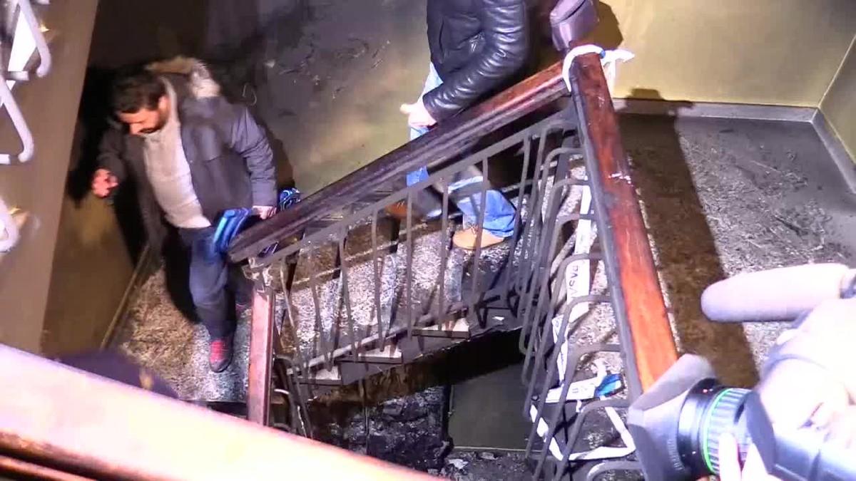Un hombre de 41 años ha fallecido y otras dos personas han resultado heridas muy graves, en el incendio.