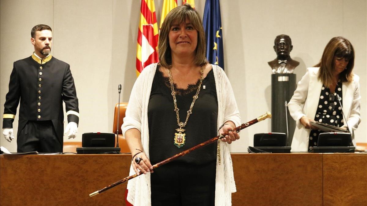 Nuria Marín, proclamada presidenta de la Diputación.