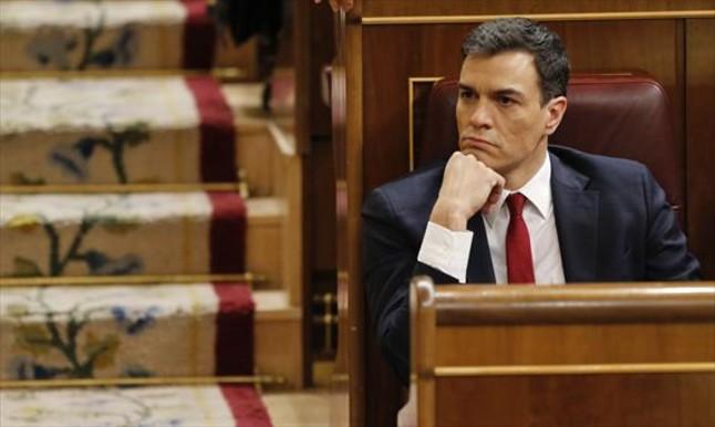 Pedro Sánchez, candidato a la investidura, en el pleno del Congreso.