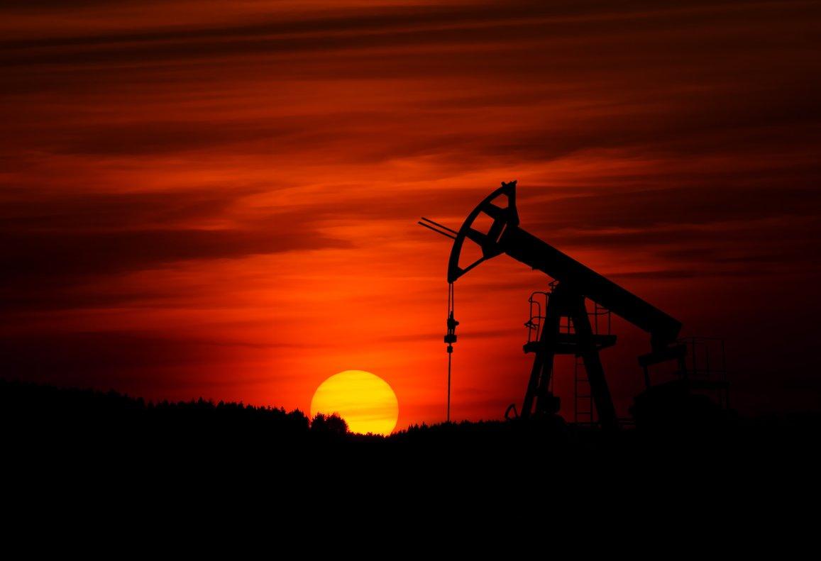 ¿El precio del petróleo te afecta a la hora de llenar el depósito del coche?