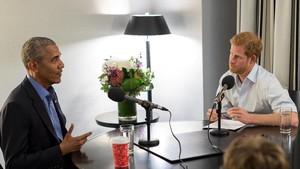 El príncipe Enrique de Inglaterra entrevista a Barack Obama para la BBC 4.