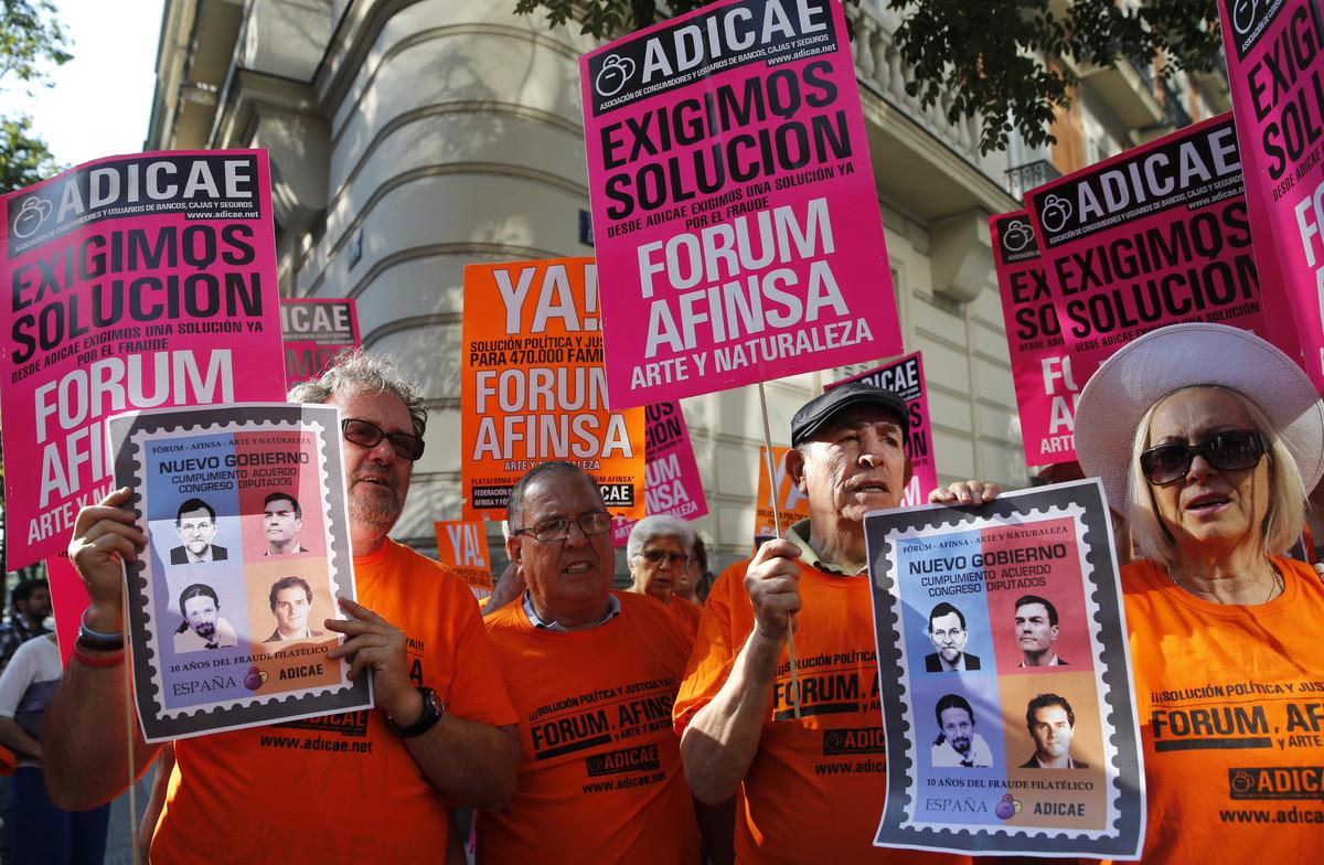 Protesta de afectados por la estafa de Fórum Filatélico y Afinsa, en el 2016.