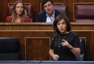 Soraya Sáenz de Santamaría en el pleno del control del congreso.