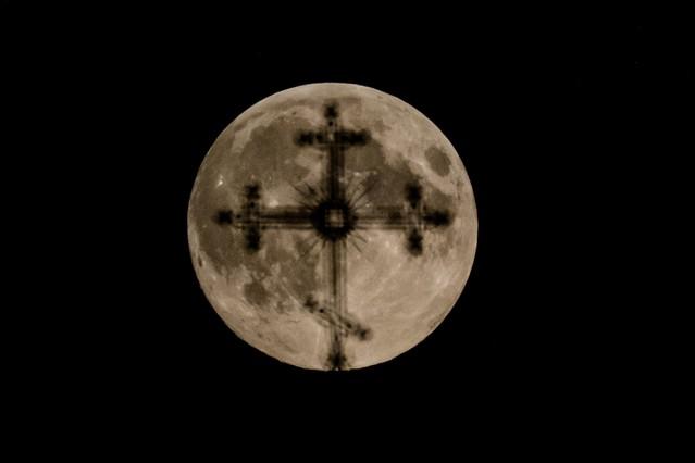La superluna, en Minsk.