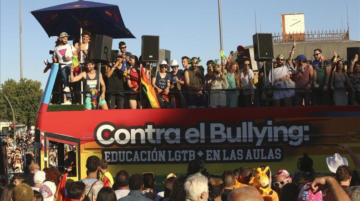 Una carroza en la manifestación del Orgullo Gay en Madrid, en el 2017.