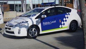 Una patrulla de la Policía Local de Amposta.