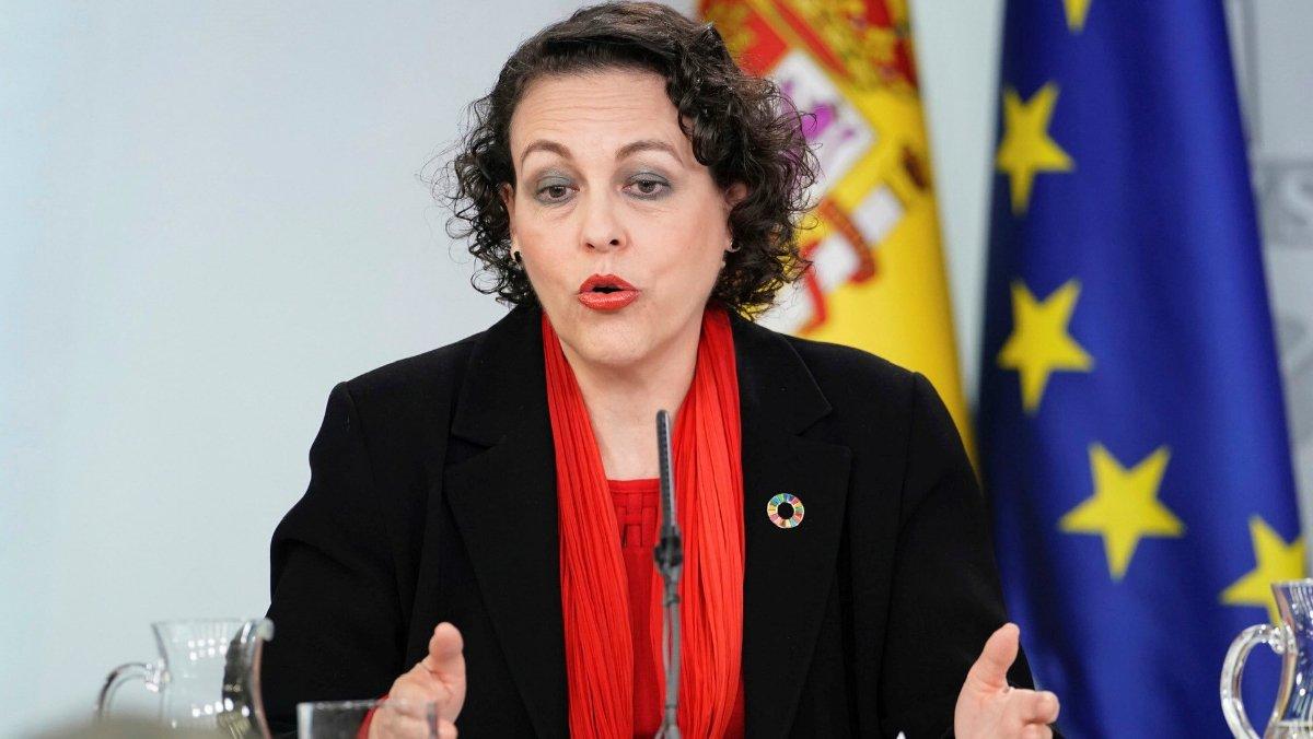 La ministra de Trabajo, Magdalena Valerio, en una rueda de prensa posterior a un Consejo de Ministros.