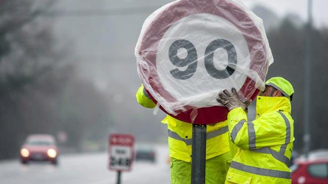 El límit de velocitat baixa a 90 en 10.000 km de carreteres convencionals