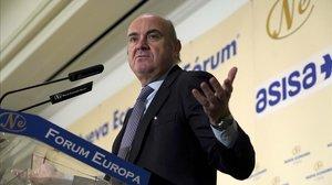 El vicepresidente del Banco Central Europeo (BCE), Luis de Guindos, esta mañana en el Foro Nueva Economía en Madrid.