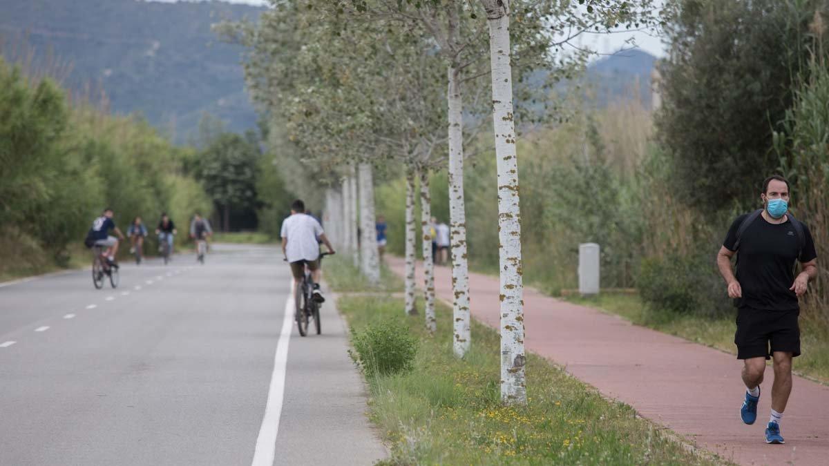Viladecans reservará el Camí del Mar para los peatones y ciclistas las mañanas de los próximos diez domingos