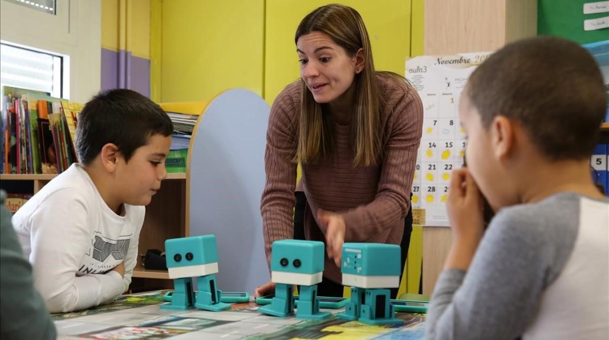Alumnos de segundo de primaria del colegio Víctor Català enNou Barris.