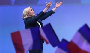 Le Pen agita el desencant dels 'armilles grogues'