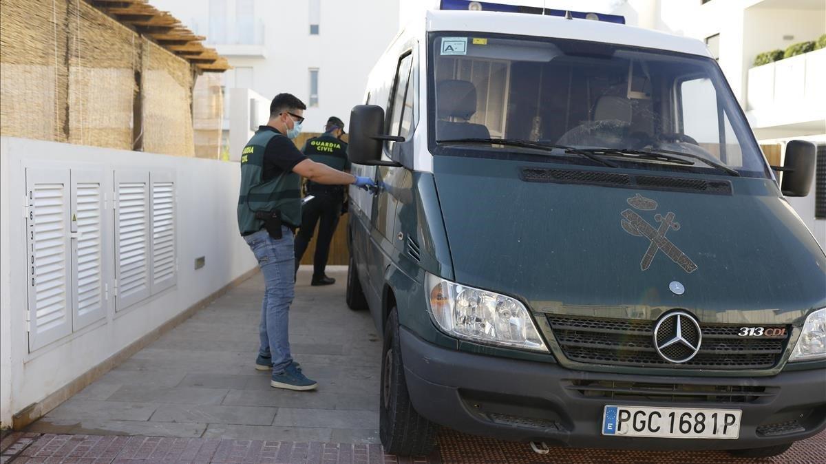 La Guardia Civil, en colaboración con Homeland Security Departament de Estados Unidos, ya ha detenido a cinco personas