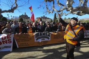 Manifestación de protesta de la organización Marea Pensionista ante el Parlament, el pasado miércoles.